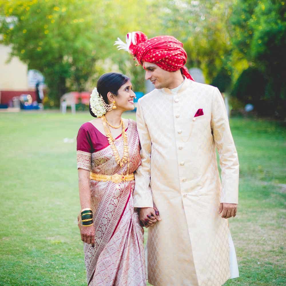 priya and anshu's beautiful marathi north indian wedding at mahasainik laws pune wedding photographers in pune